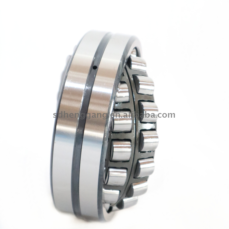 High precision spherical roller bearing 22220CC/W33
